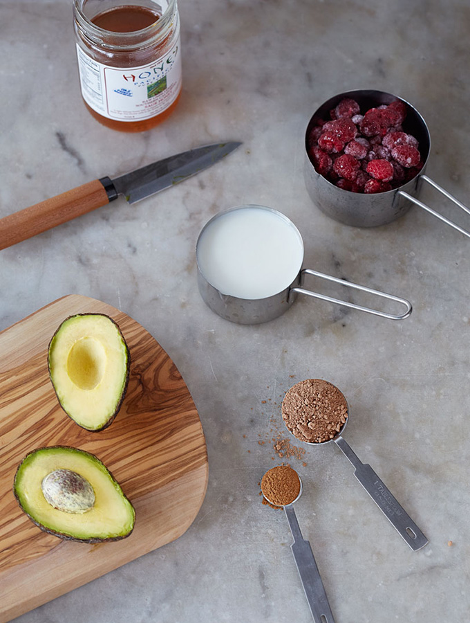 3-clean-living-guide-chocolate-pudding-avocado-raspberry-cacao-kefir-desert-paleo-healthy-low-glycemic-900