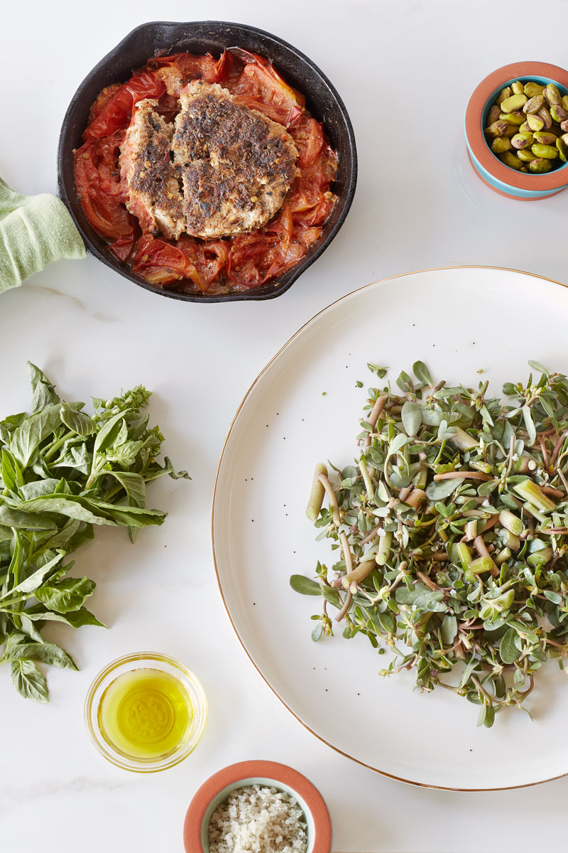 Clean-Living-Guide-purslane-salad-with-tomato-thai-herbed-turkey-patty-glute-free-paleo-1200