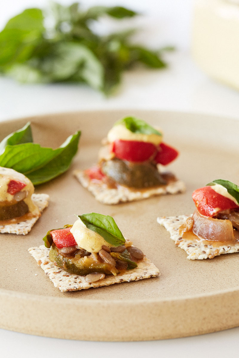Mediterranean lentil canap s clean living guide for Canape hors d oeuvres difference