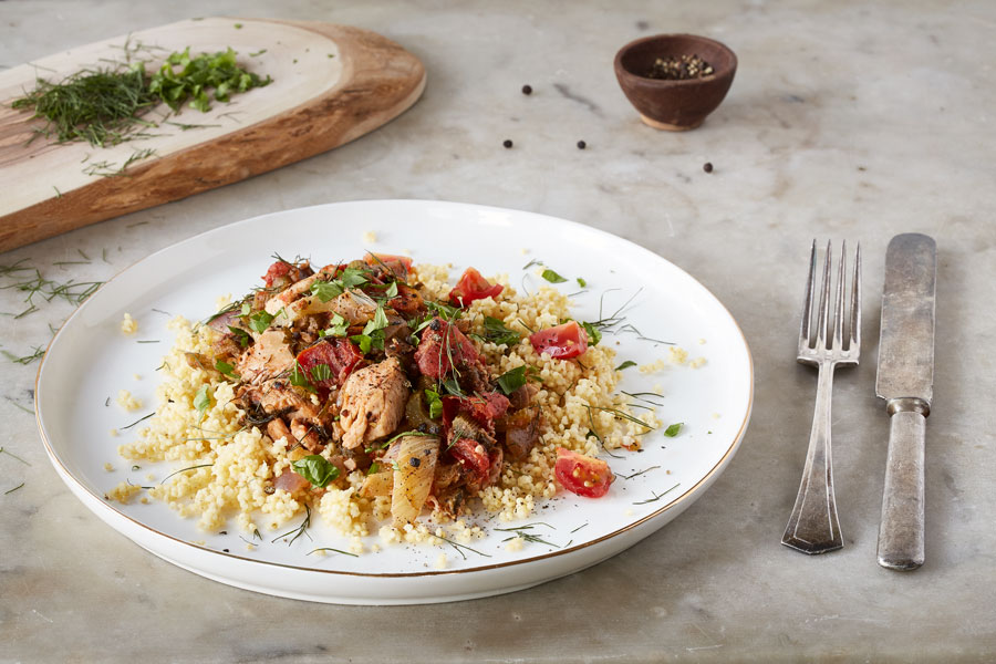 0q7a7124-clean-living-guide-fennel-tomato-chicken-millet-900