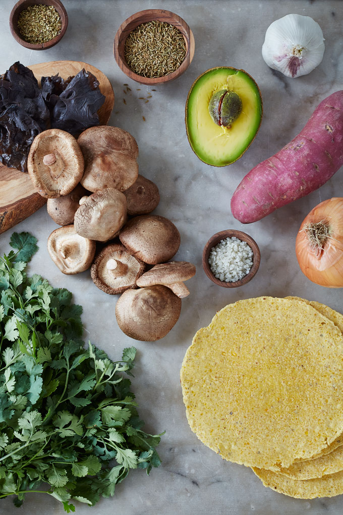 0q7a7741-clean-living-guide-wood-ear-shiitake-mushroom-taco-sweet-potato-1000