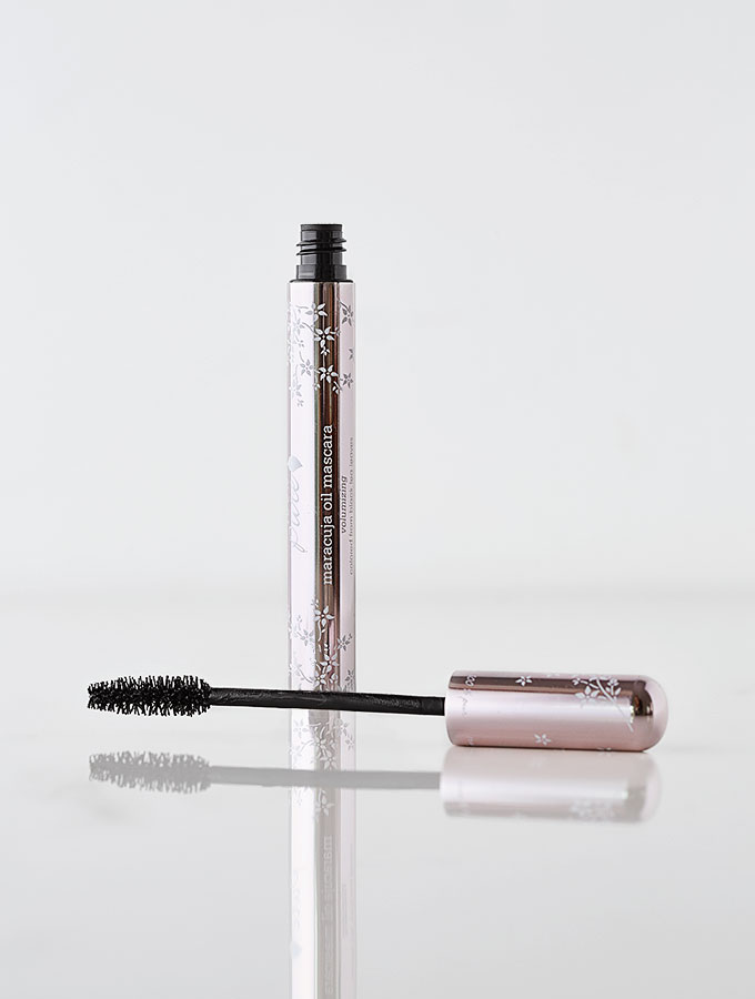 0q7a5798-clean-living-guide-100-hundred-percent-pure-gluten-free-mascara-900b